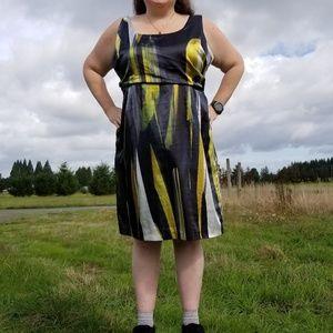 20 Tahari Woman yellow white black dress